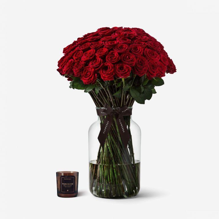 100 Roses Extraordinary Gift Set