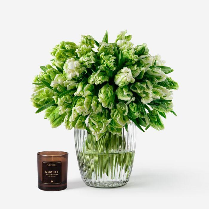 50 stems in a Medium Curve Windsor Vase