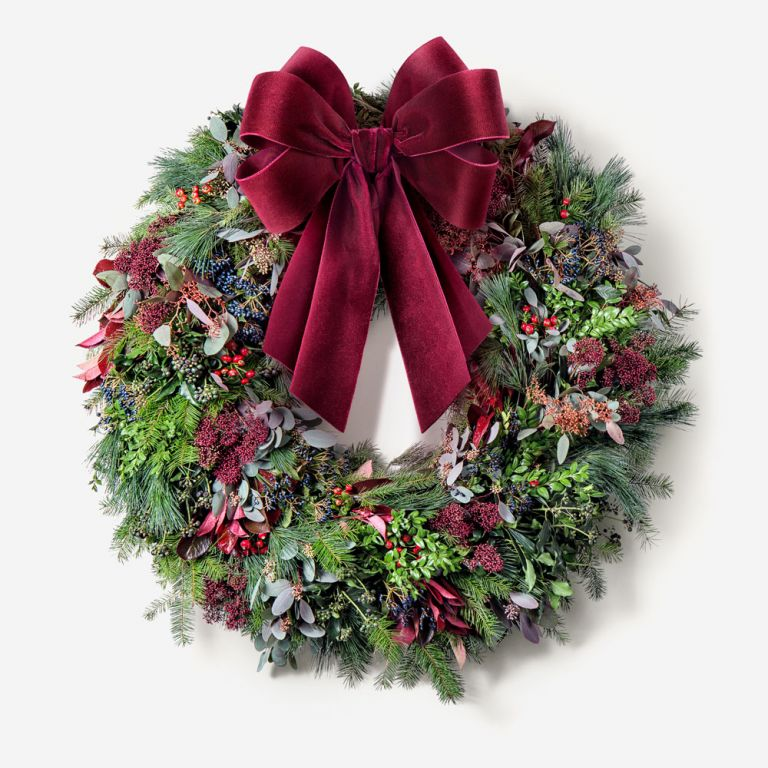 Red Berry Outdoor Wreath