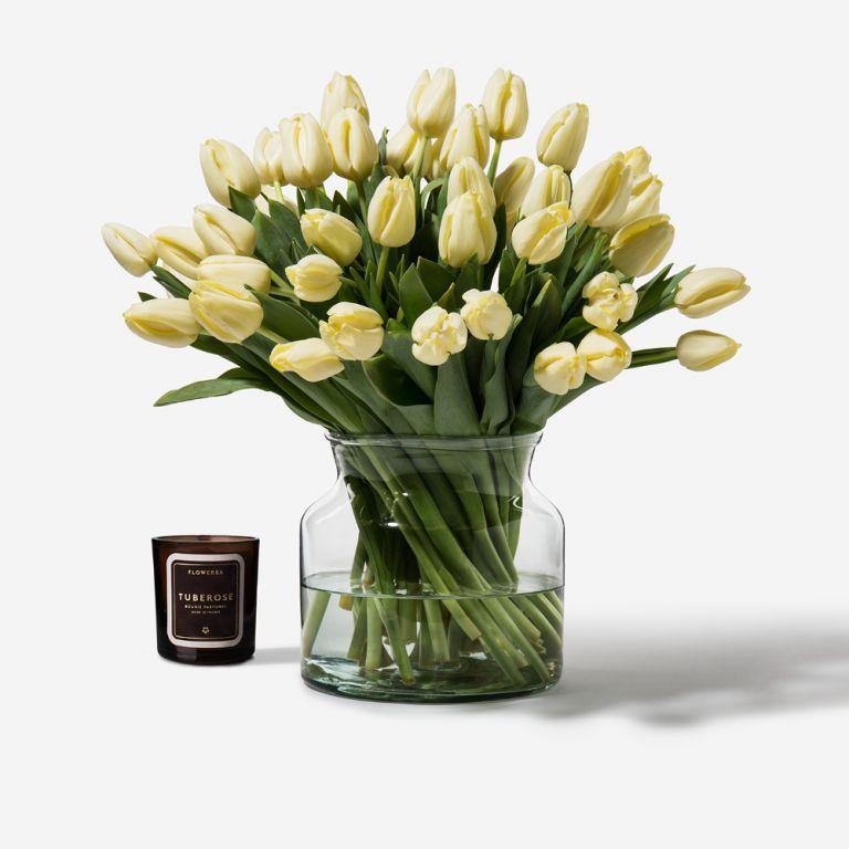 Bleach Blonde Dutch Tulip
