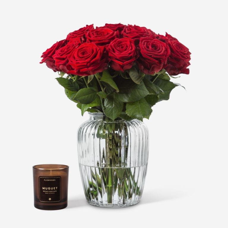 20 stems in a Medium Curve Windsor Vase